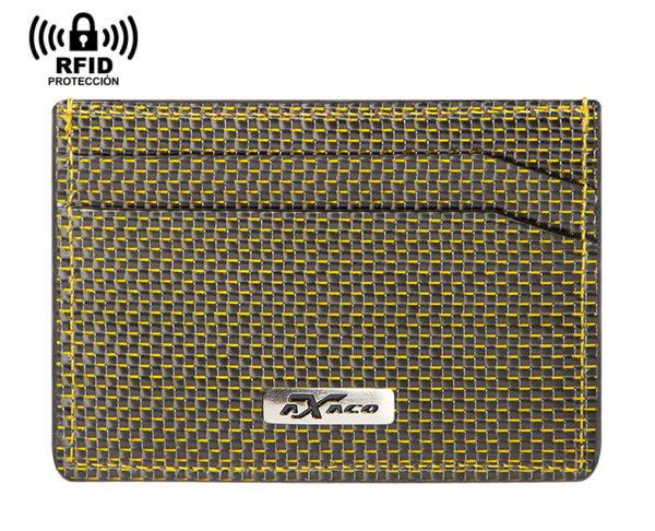 Exclusivo tarjetero protector de tarjetas hecho en fibra de carbono de color amarilla y piel de Ubrique. Para hombre. Incluye protección antirrobo RFID.